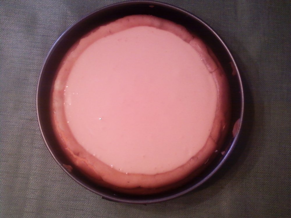 Creamsicle Cheesecake with a Sugar Cone Crust (5/6)