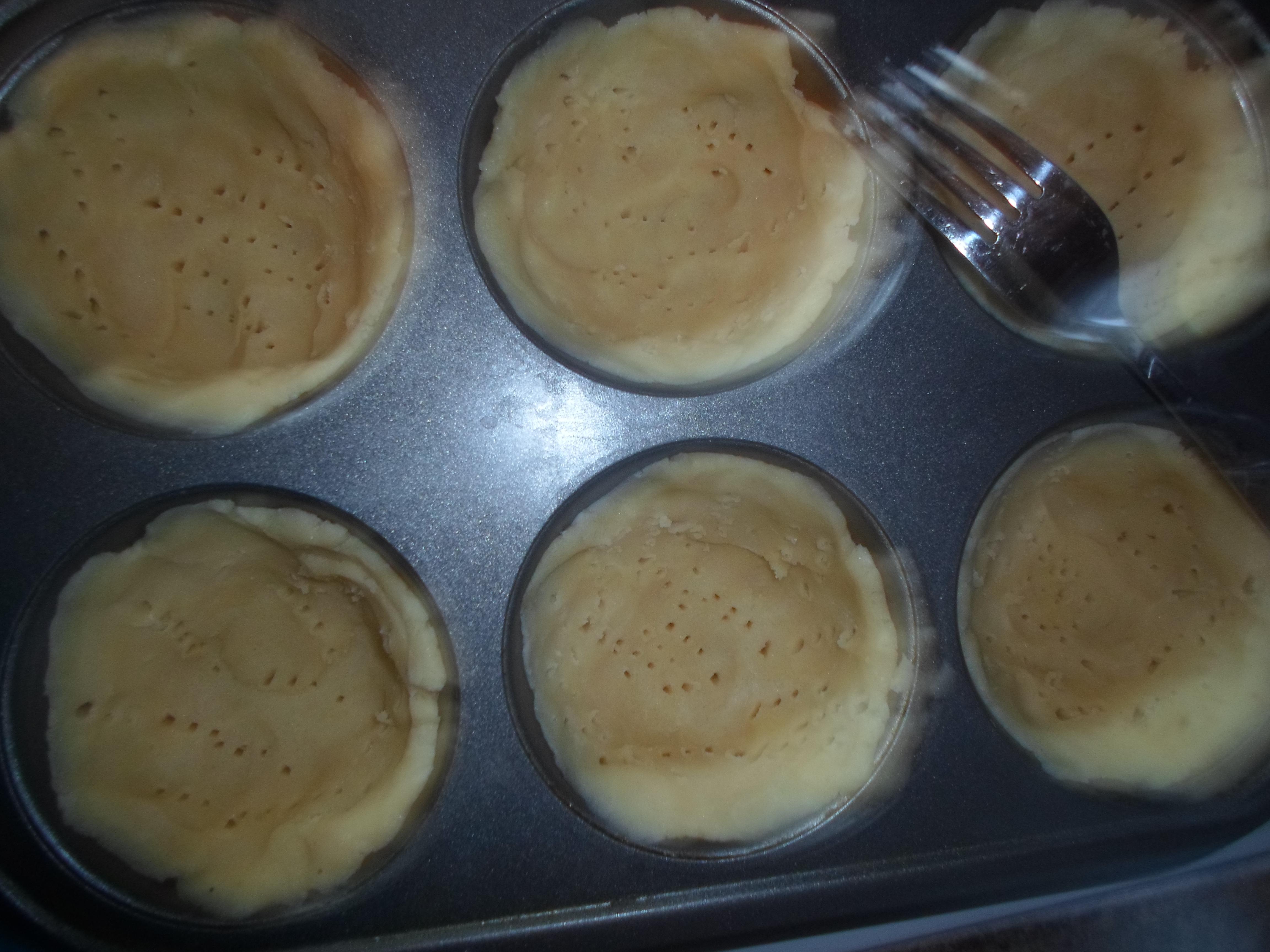 were jumbo monkey bread jumbo cupcakes the biscuits i used were jumbo ...